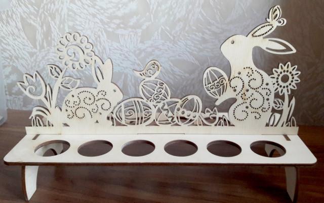 Подставка Пасхальные кролики для 12 яиц