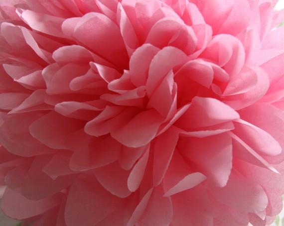 Бумажный помпон нежно-розовый (размеры и цены в описании)