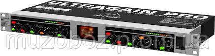 Behringer MIC 2200 ULTRAGAIN 2-канальний ламповый микрофонный предварительный усилитель