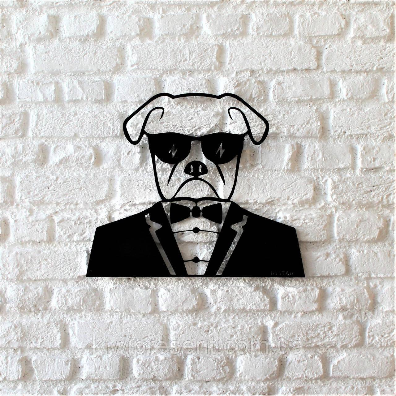 """Картина из металла  """"Мистер Бокс"""" (черный мат). Панно на стену."""