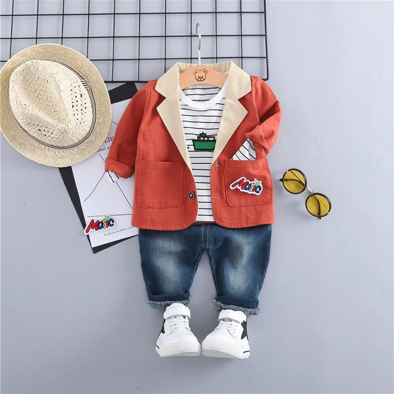 Стильный  костюм тройка на мальчика весна-осень 4 года кораблик