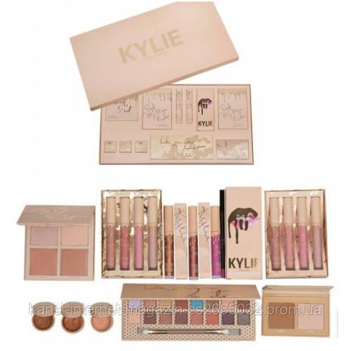 Большой подарочный набор для макияжа Kylie Jenner Big Box