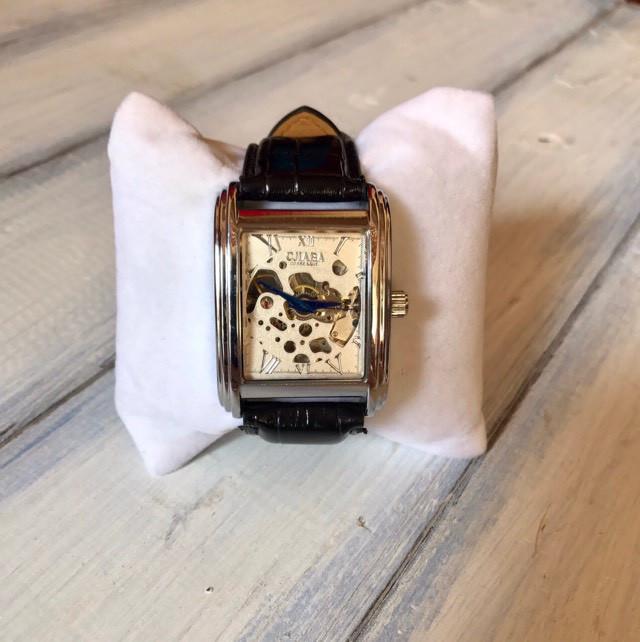 Часы мужские с самозаводом