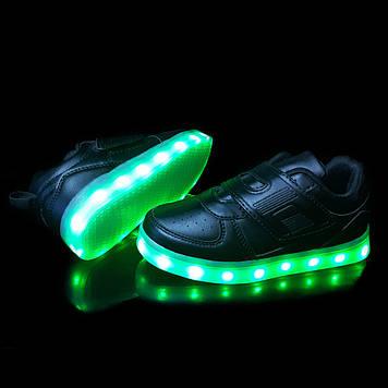 Кроссовки светящиеся детские Black 687a