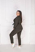 """Брючный женский костюм """"Emmy"""" с поясом (большие размеры), фото 2"""