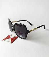 Стильные женские солнцезащитные очки классические, черные