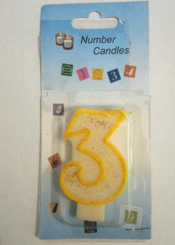 Свеча в торт  3 (три)      Размер:7х4