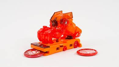 Скричер - робот трансформируется в грузовик. Оранжевого цвета