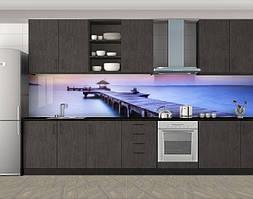 Кухонный фартук Деревянный пантон в море, Фотопечать скинали на кухню, Архитектура, фиолетовый