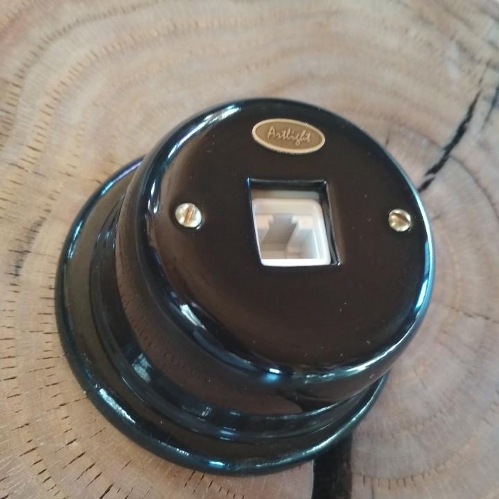 Ретро розетка  фарфоровая Artlight,  компьютерная (витая пара), черная,  фурнитура бронза, хром.Ретро розетка