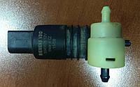 Насос омывателя заднего стекла Mitsubishi Outlander XL, 2008 г.в. 8260A059