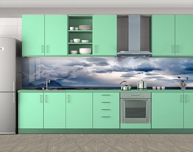 Кухонный фартук Остров в облаках, Самоклеящаяся стеновая панель для кухни, Море, пляж, синий, 600*3000 мм