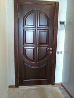 Двери деревянные однотипные на весь дом