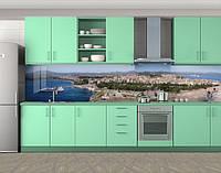 Кухонный фартук Курортный город и лайнер, Скинали с фотоизображением на самоклеящейся пленке, Город днем, серый, фото 1