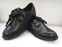 Стильные женские туфли со шнурками на низком каблуке. Демисезон.
