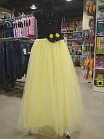 Очень красивое платье лимонного цвета из легкого фатина на выпускной вечер для девочки