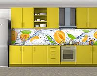 Кухонный фартук Абрикосы в воде, Стеновая панель для кухни с фотопечатью, Еда, напитки, белый
