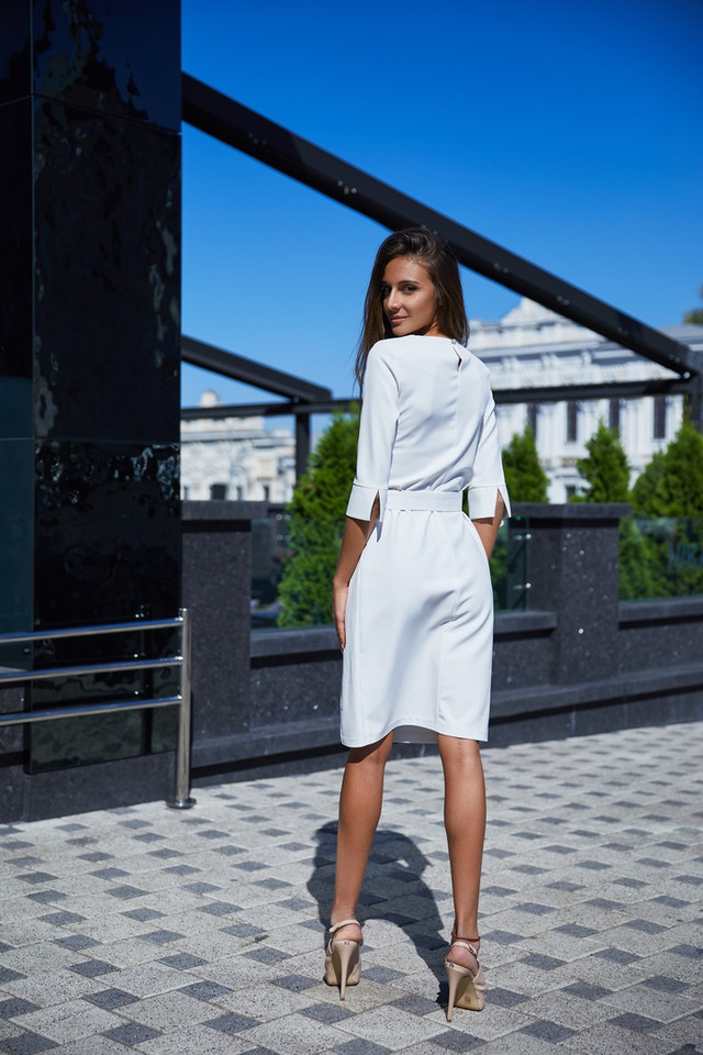 модное платье свободного силуэта