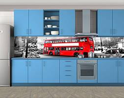 Кухонный фартук Красный двухэтажный автобус, Скинали с фотоизображением на самоклеящейся пленке, Транспорт, серый, 600*3000 мм