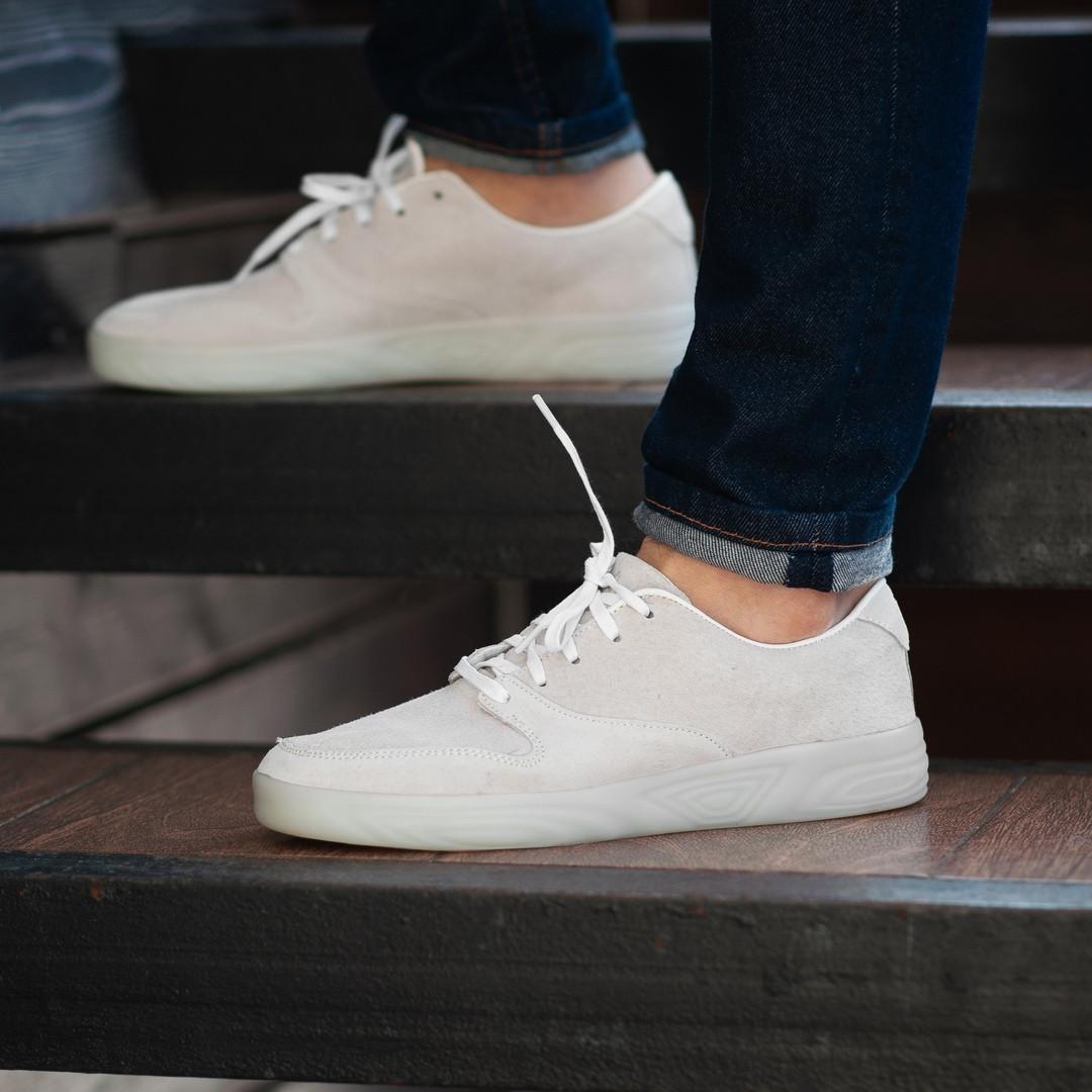Мужские кроссовки South Fost White, замшевые белые мужские кроссовки, замшевые классические кеды