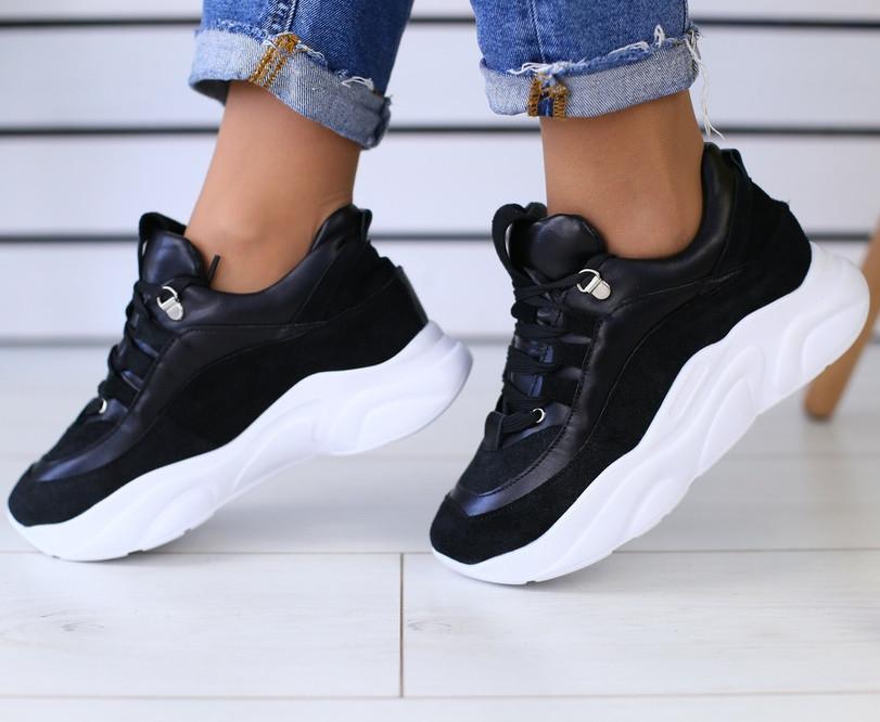 Черные кроссовки женские кожаные