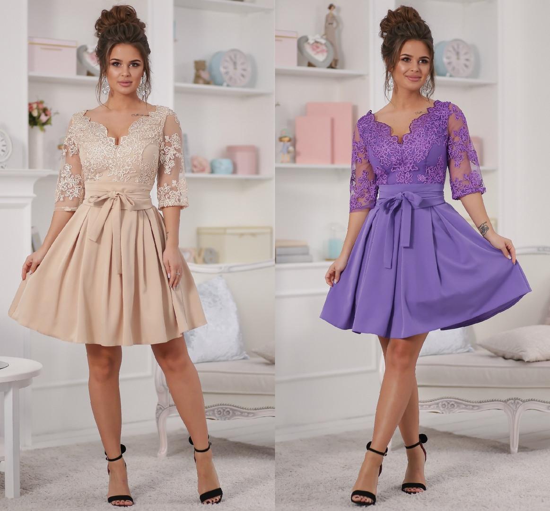 Женское платье с кружевом и юбкой с подкладом фатина
