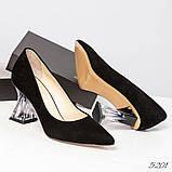 Шикарные черные замшевые женские туфли на фигурном каблучке, фото 2