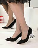 Шикарные черные замшевые женские туфли на фигурном каблучке, фото 4