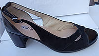 Туфли женские на среднем каблуке из натуральной кожи и замши черного цвета от производителя модель РБ0347