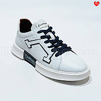 Белые кроссовки синие шнурки