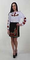 Женская вышиванка с красными маками