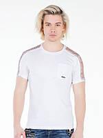 Футболка мужская с декором на плечах белая XXL Cipo&Baxx