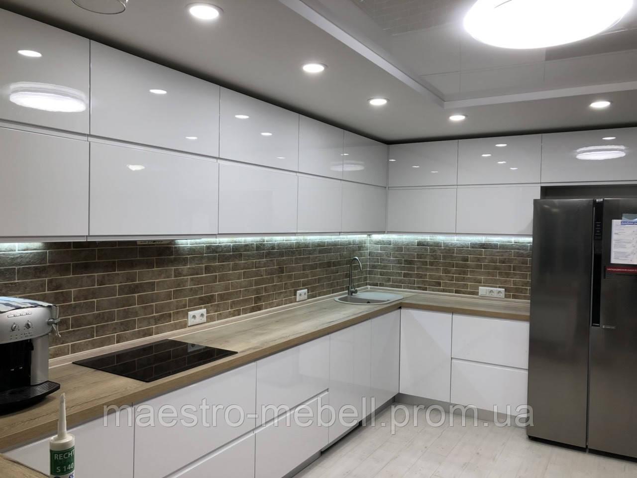Кухня с крашеными мдф фасадами