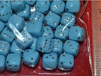 Бусина пластиковая кубики голубые ( упак. 33 шт)