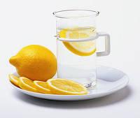 Почему полезно по утрам пить воду с лимоном