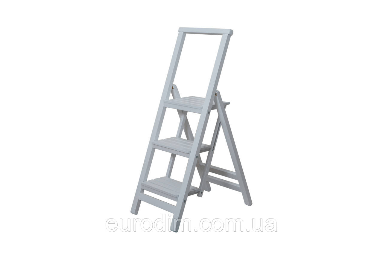 Лестница большая  белая
