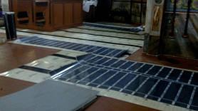 Для зручного управління теплу підлогу розділено на 5 зон з можливістю контролю температури.