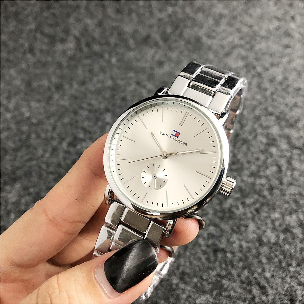Наручные женские часы Tommy Hilfiger 7220 Silver