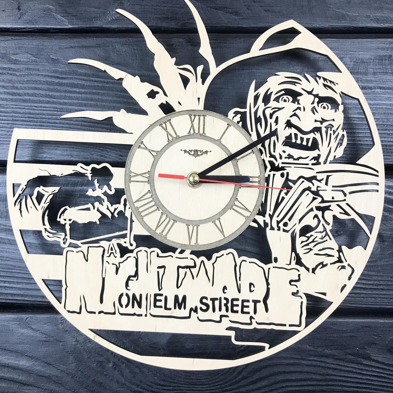 Оригинальные настенные часы из дерева «Фредди Крюгер»