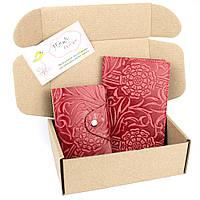 Подарочный набор №28: Обложка на паспорт + визитница (красный цветок), фото 1