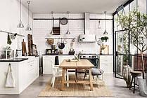 Кухонні меблі та побутова техніка