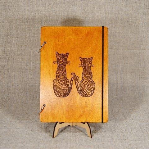 Скетчбук Two cats. Блокнот с деревянной обложкой.