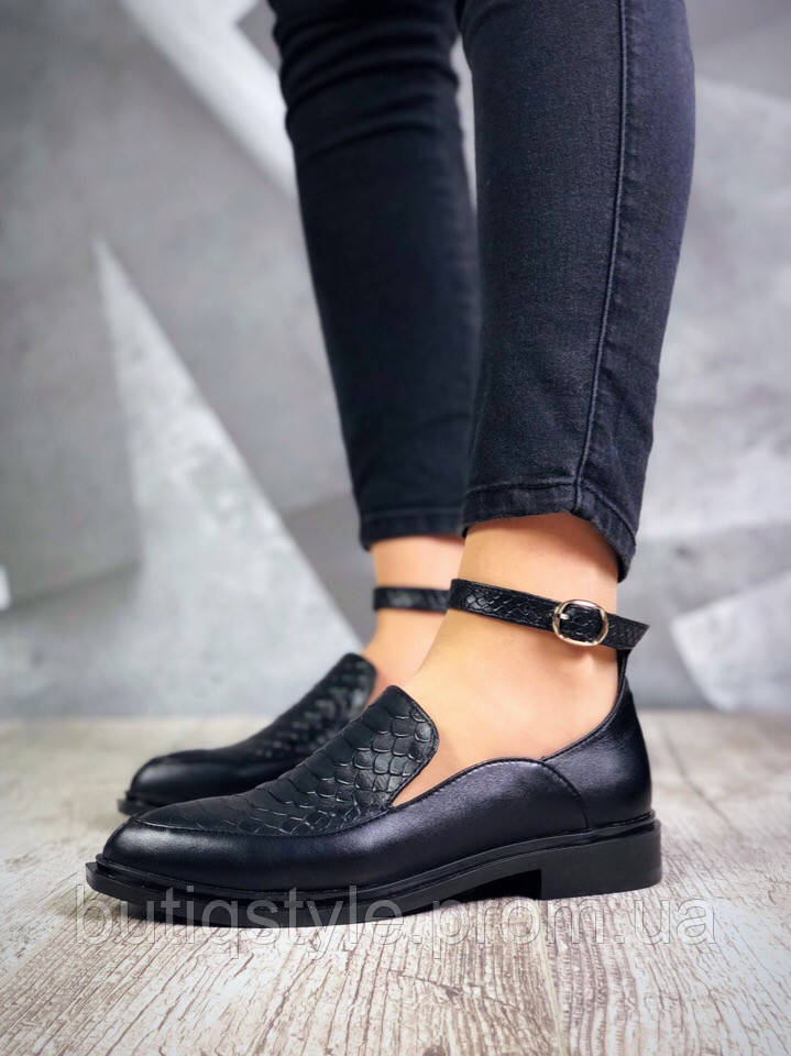 Женские черные туфли с ремешком на низком ходу натуральная кожа  2019