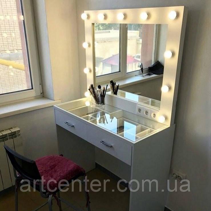 Стол для макияжа с зеркалом и прозрачной столешницей