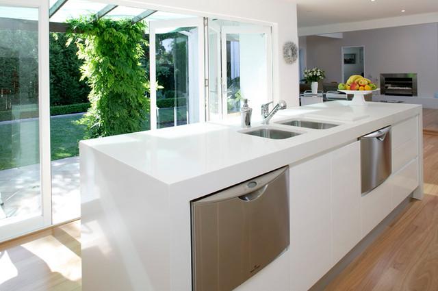 Кухонная Cтолешница искусственный камень Caesarstone 2141 Snow - Photo