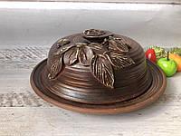 Маслёнка из красной глины с лепкой ручной работы, фото 1