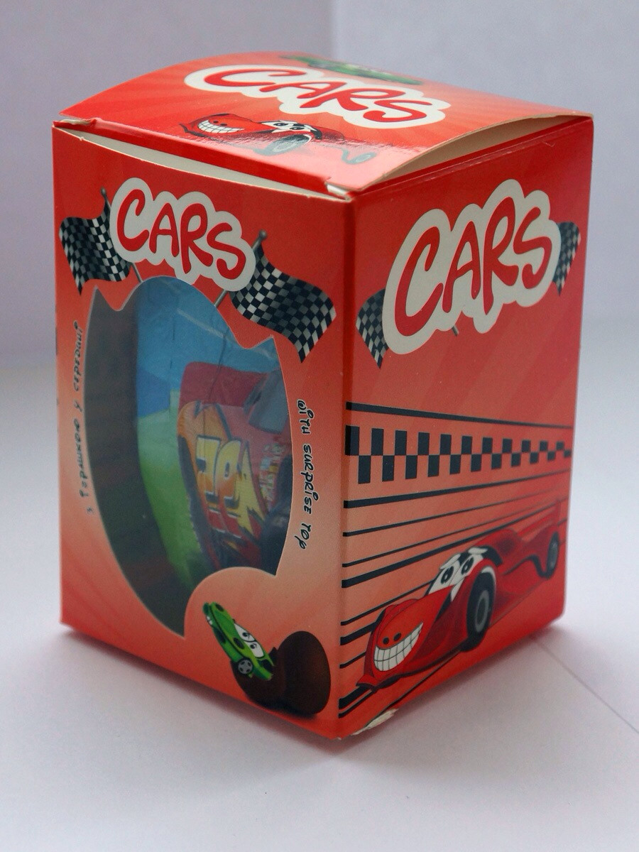 Шоколадное яйцо Cars  (Тачки) Kinder Surprise 50 г