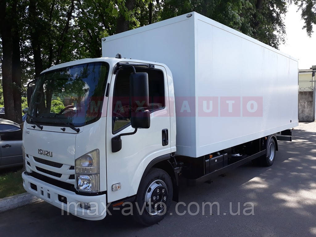 Isuzu NQR90 с кузовом-фургоном изотермическим