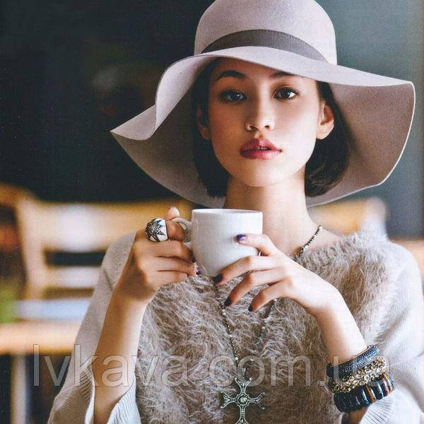 кофейный напиток девушка