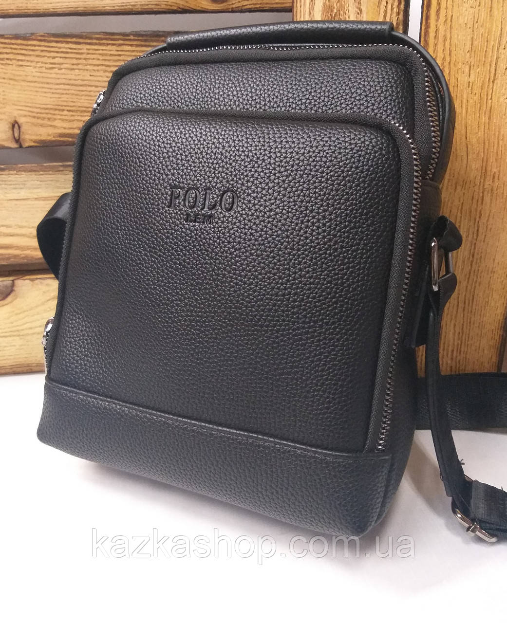 Мужская сумка Polo черного цвета на один отдел, без клапана, два ремешка, несъемный регулируемый ремень